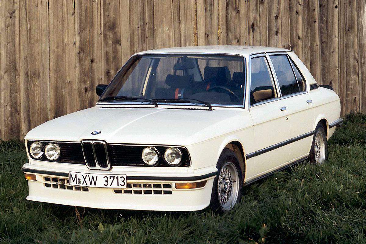 BMW-M_535i_1980_1600x1200_wallpaper_01.jpg