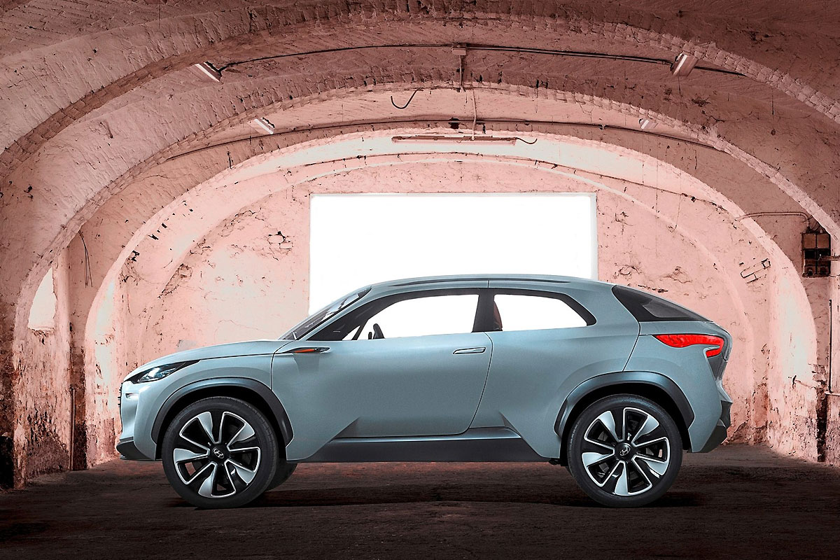 Hyundai-Intrado_Concept_2014_1600x1200_wallpaper_02.jpg
