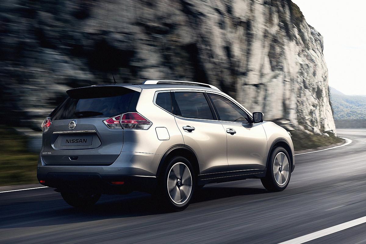 Nissan-X-Trail_2014_1600x1200_wallpaper_99.jpg