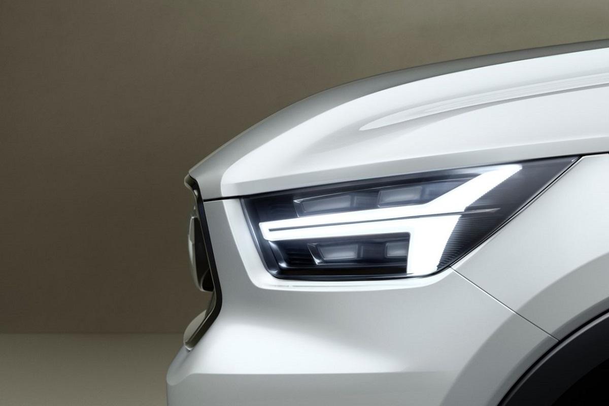 Volvo-V40-Concept-2.jpg