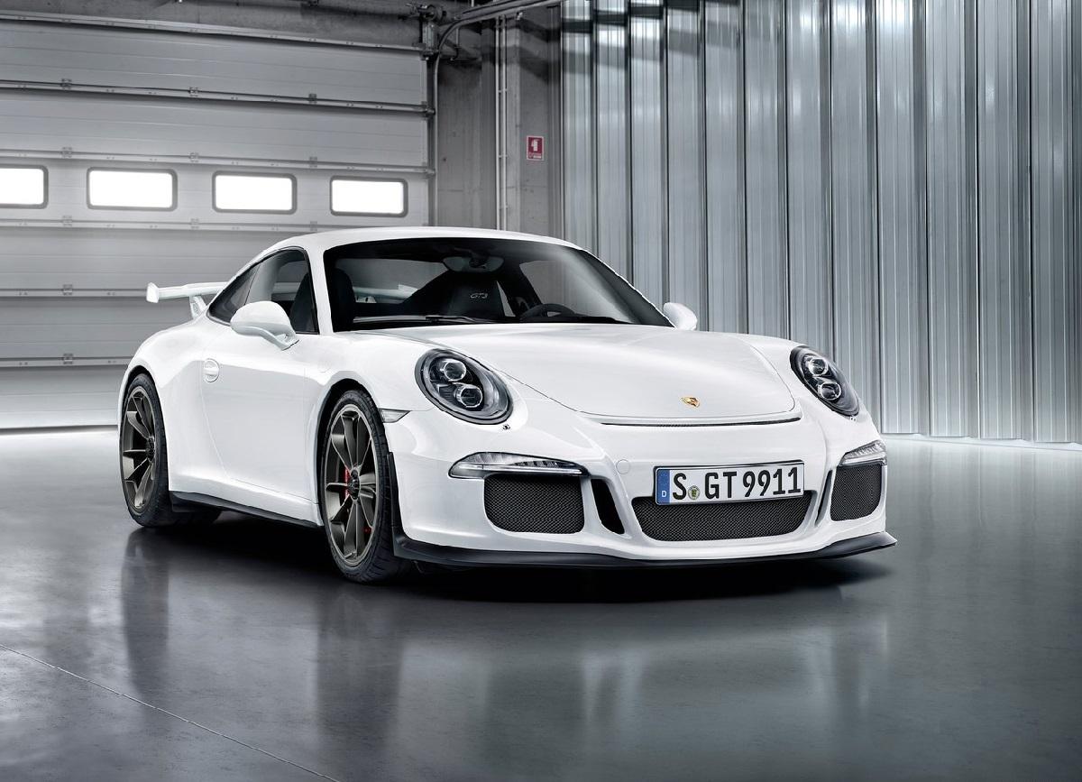 Porsche-911_GT3_ (2).jpg