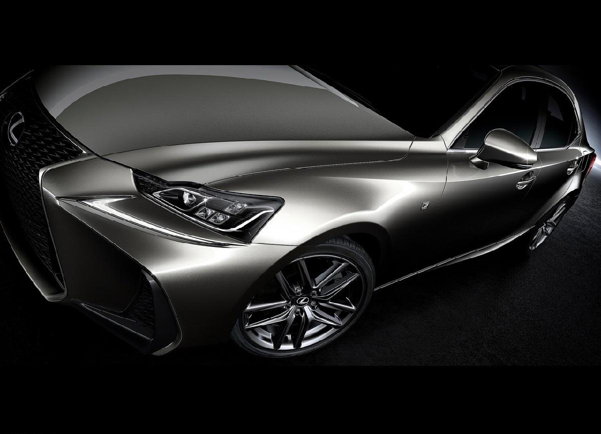 Lexus-IS-2017 (9).jpg
