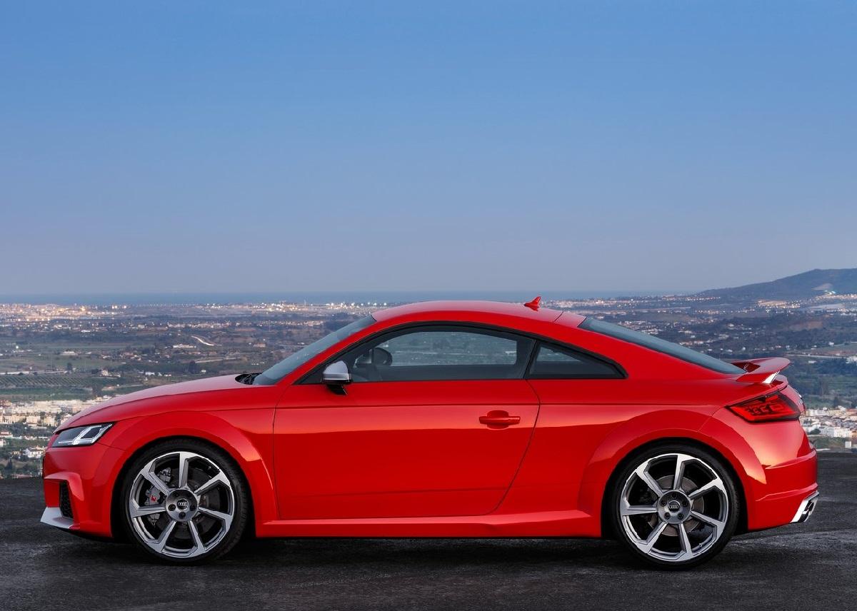 Audi-TT_RS (6).jpg