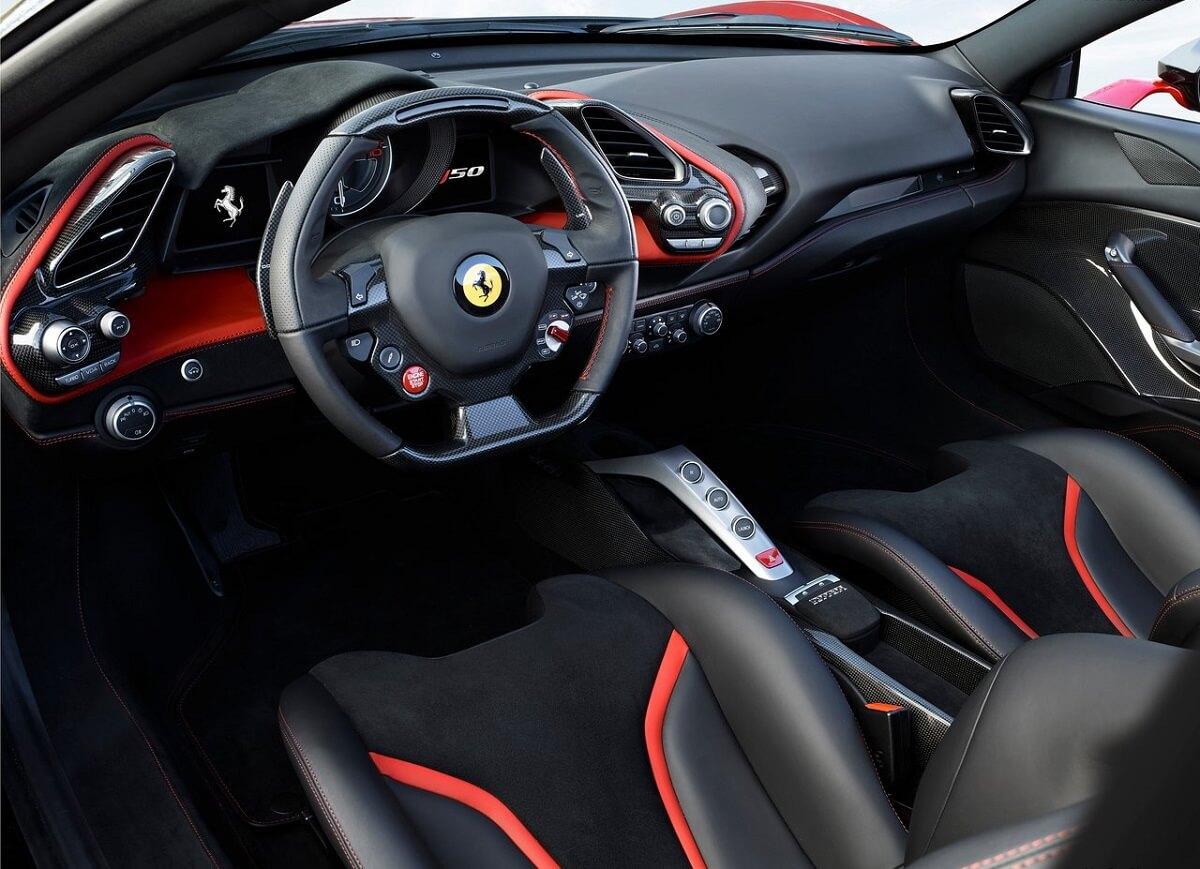 Ferrari-J50-2017 (4).jpg