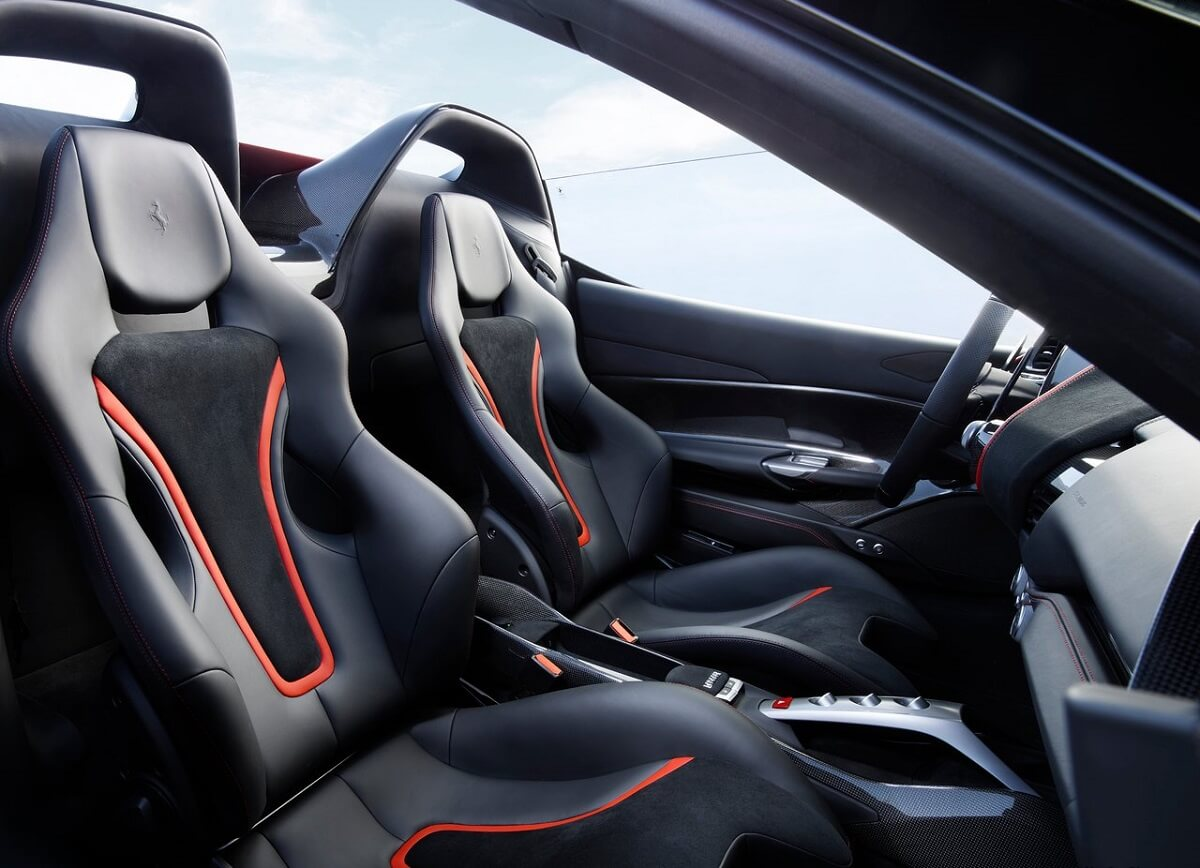 Ferrari-J50-2017 (5).jpg