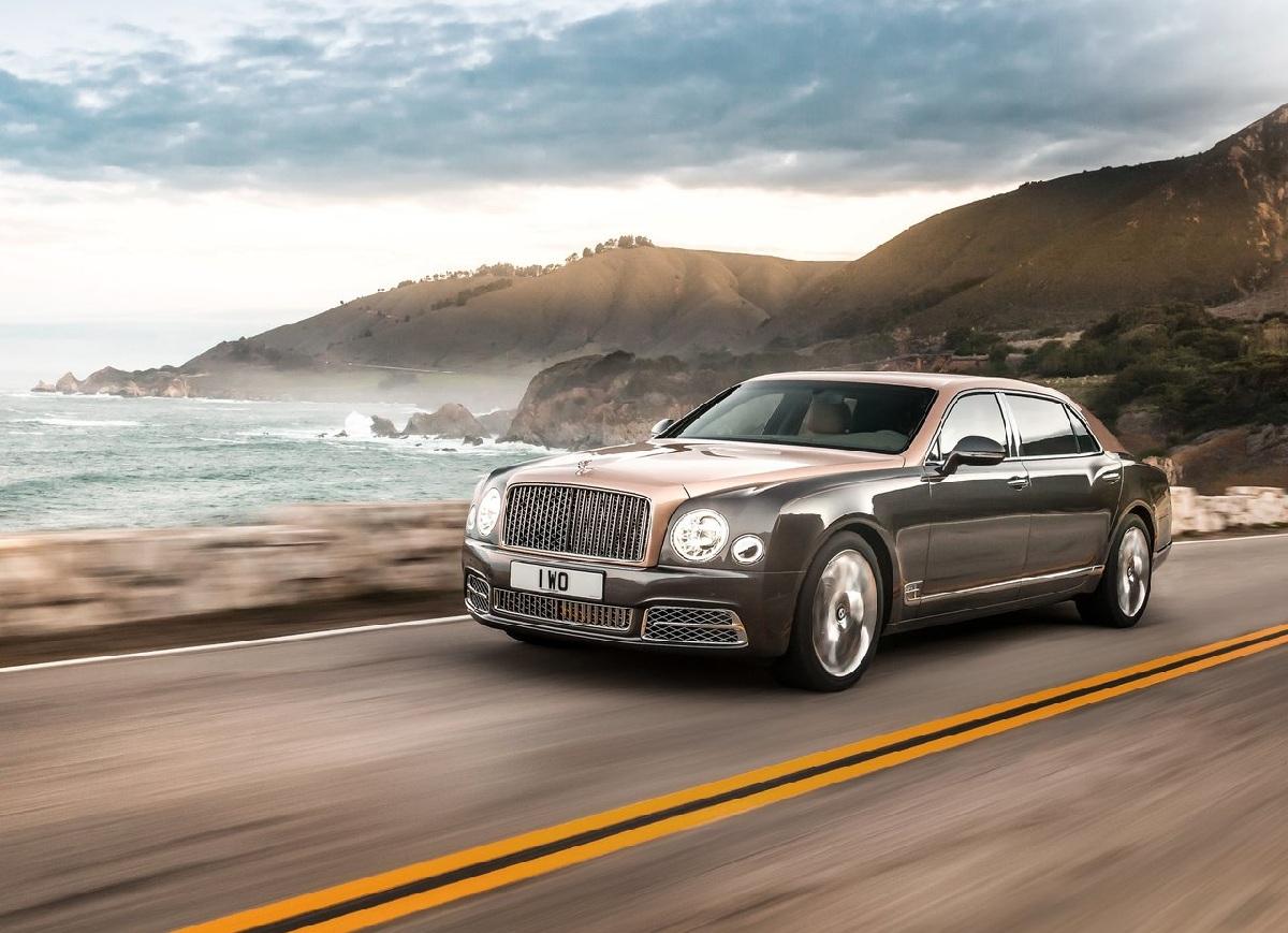 Bentley-Mulsanne_EWB_2017_1280x960_wallpaper_02.jpg