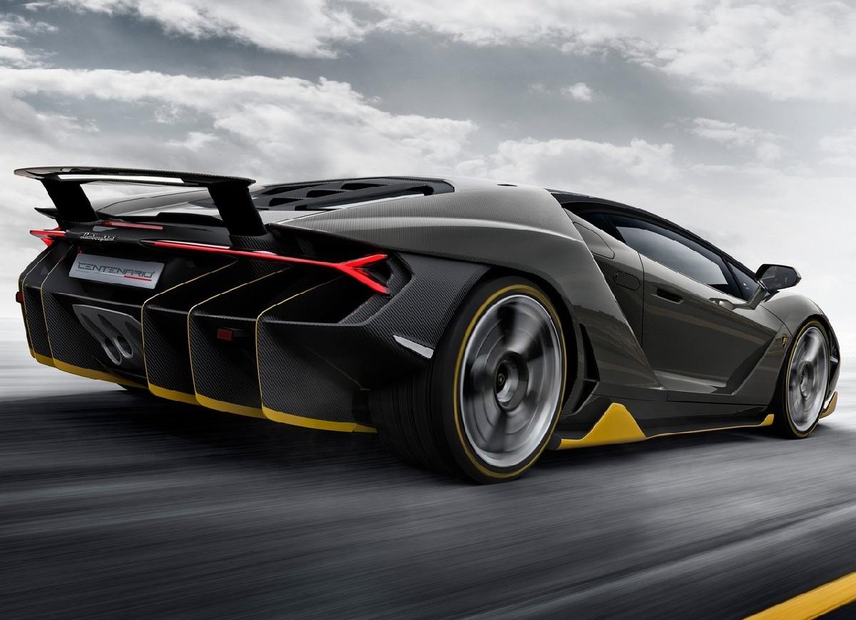 Lamborghini-Centenario_2017_1280x960_wallpaper_05.jpg