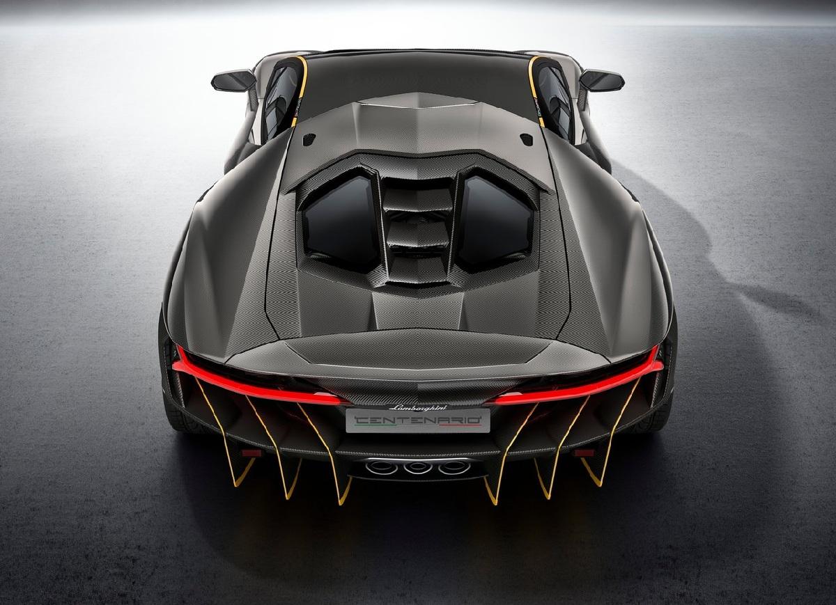 Lamborghini-Centenario_2017_1280x960_wallpaper_08.jpg