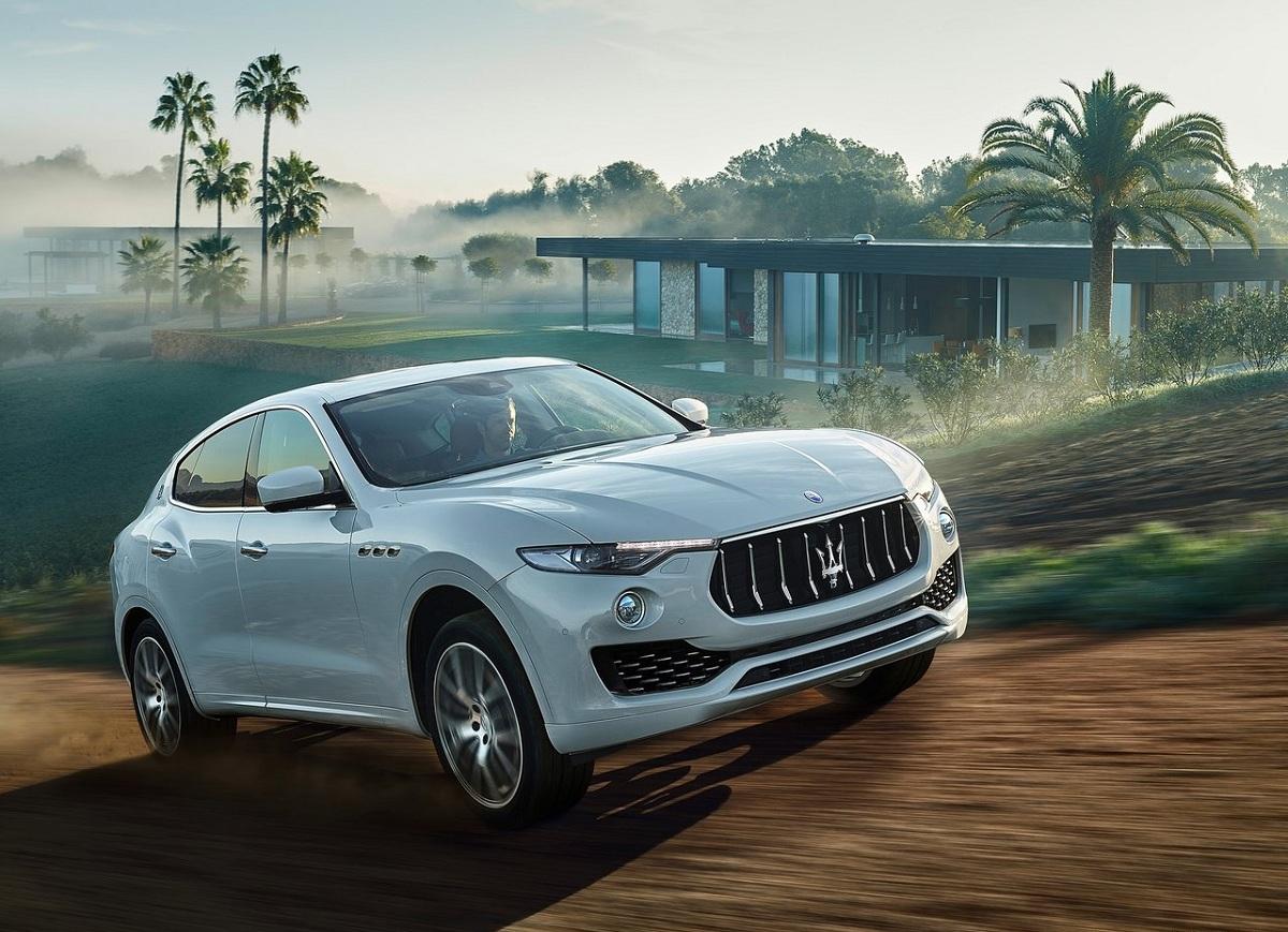 Maserati-Levante_2017 (4).jpg