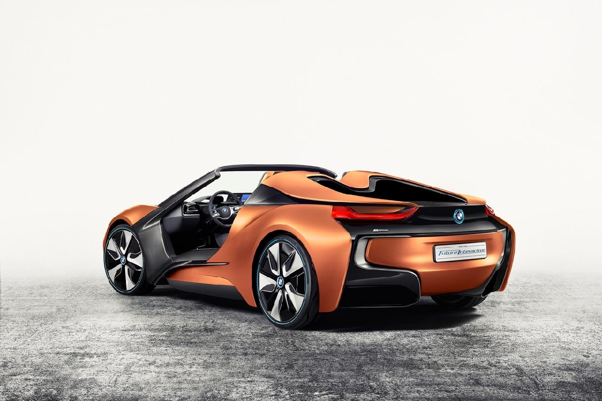 BMW-i_Vision_Future_Interaction_Concept-2016 (4).jpg