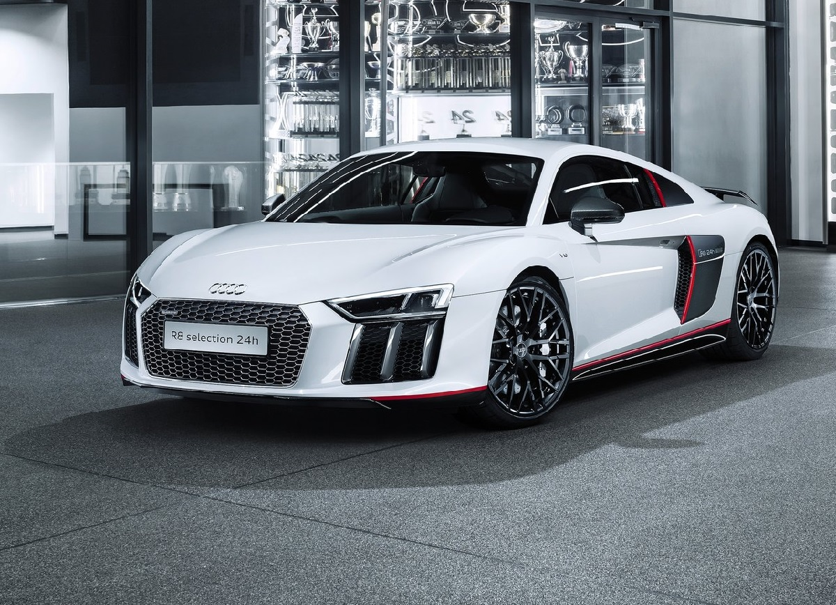 Audi-R8_Coupe_V10_plus_selection_24h-2016 (1).jpg