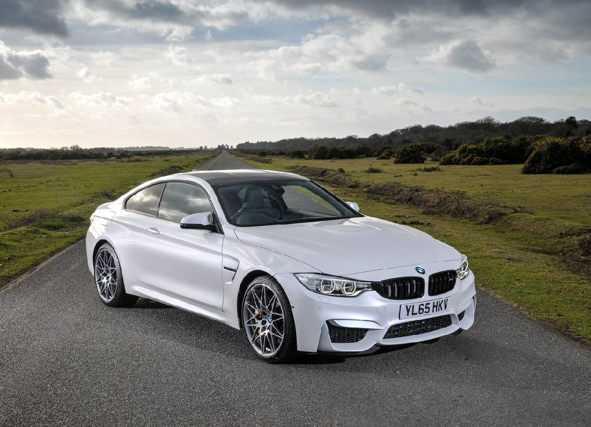 BMW-M4_Competition_Package-2016 (3).jpg
