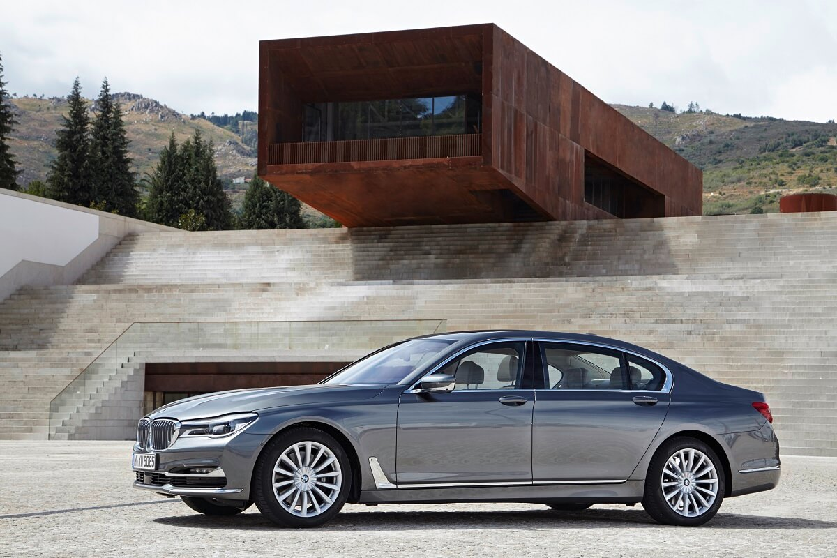 P90195398_highRes_the-new-bmw-750li-xd.jpg