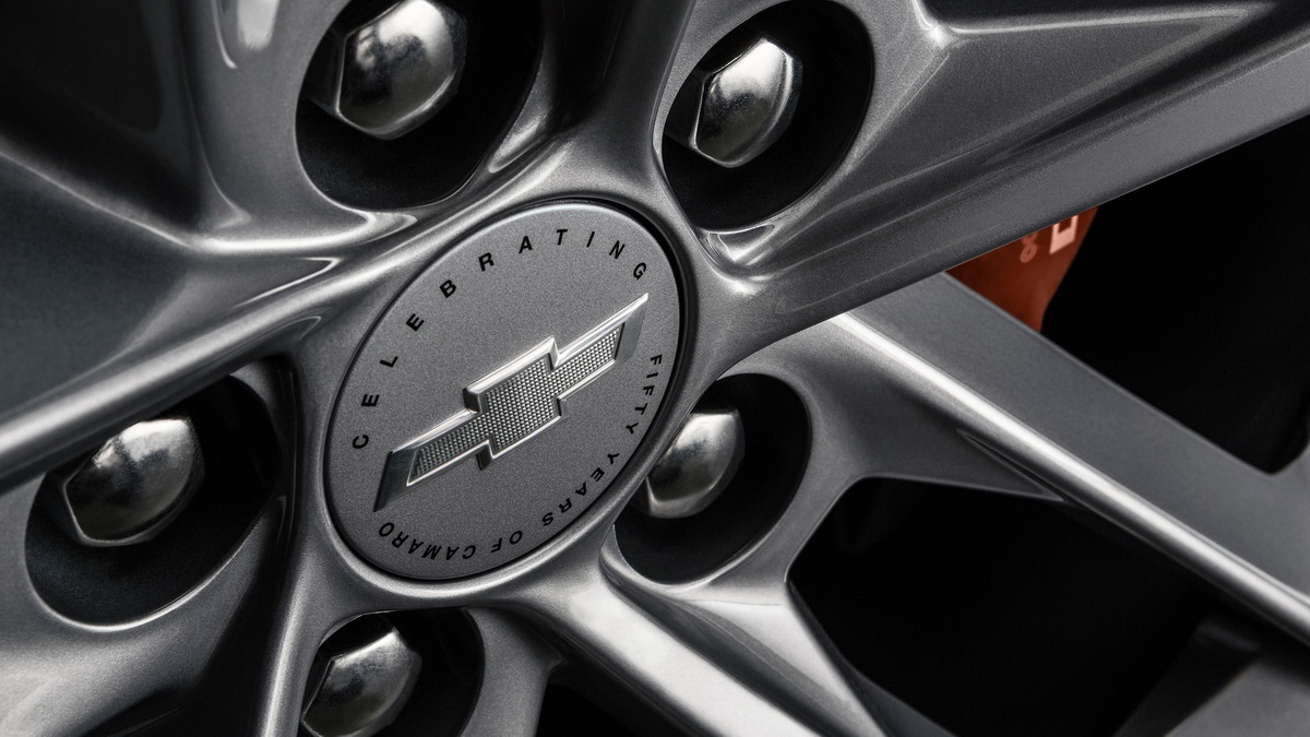 chevrolet-camaro-50th-anniversary-edition (5).jpg
