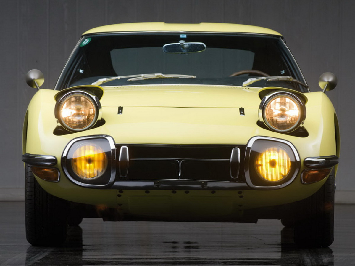 001-1967-toyota-2000gt.jpg