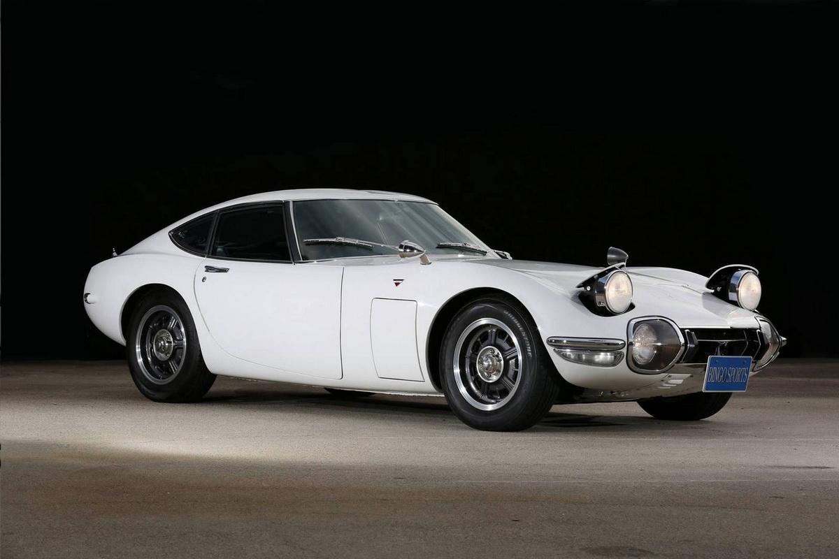1968-Toyota-2000-GT-2.jpg