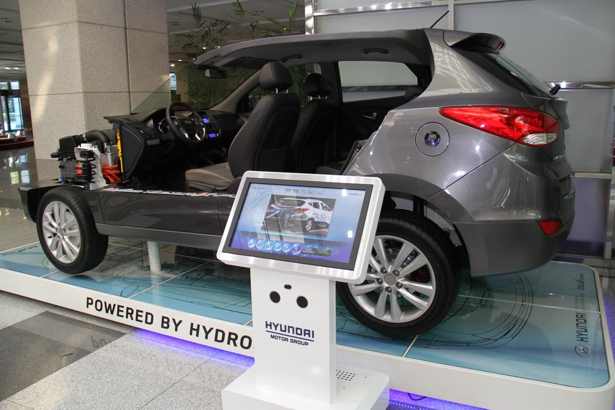 Hyundai_ IMG_74055.jpg