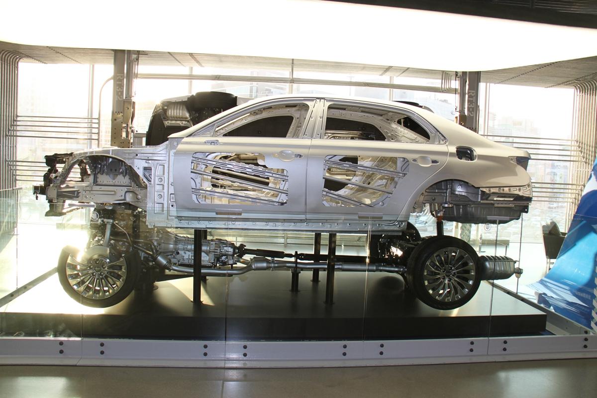 Hyundai-2_ IMG_7513100.jpg