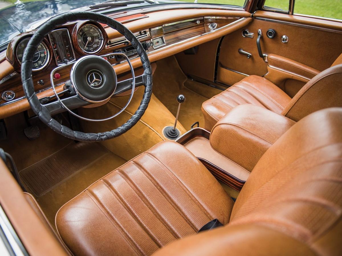 1965-Mercedes-Benz-300-SE-Coupé_004.jpg