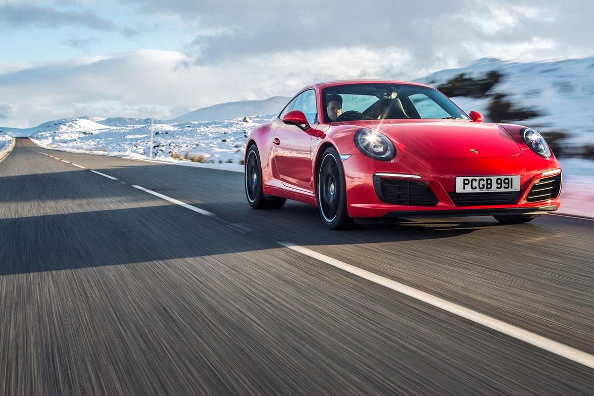 Porsche-911_Carrera-2016-1280-07.jpg