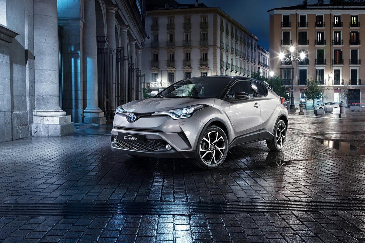 Toyota-C-HR-2017-1280-01.jpg