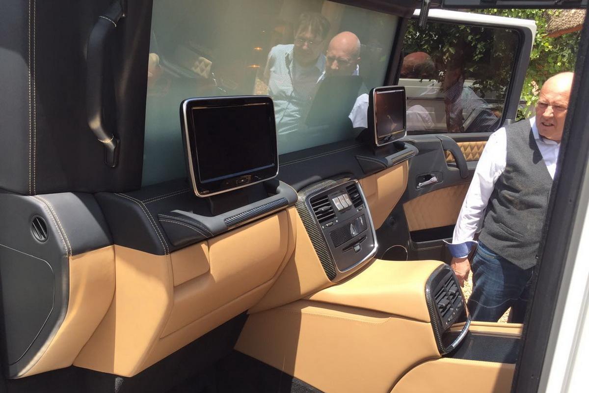 Mercedes-Maybach-G650-14.jpg