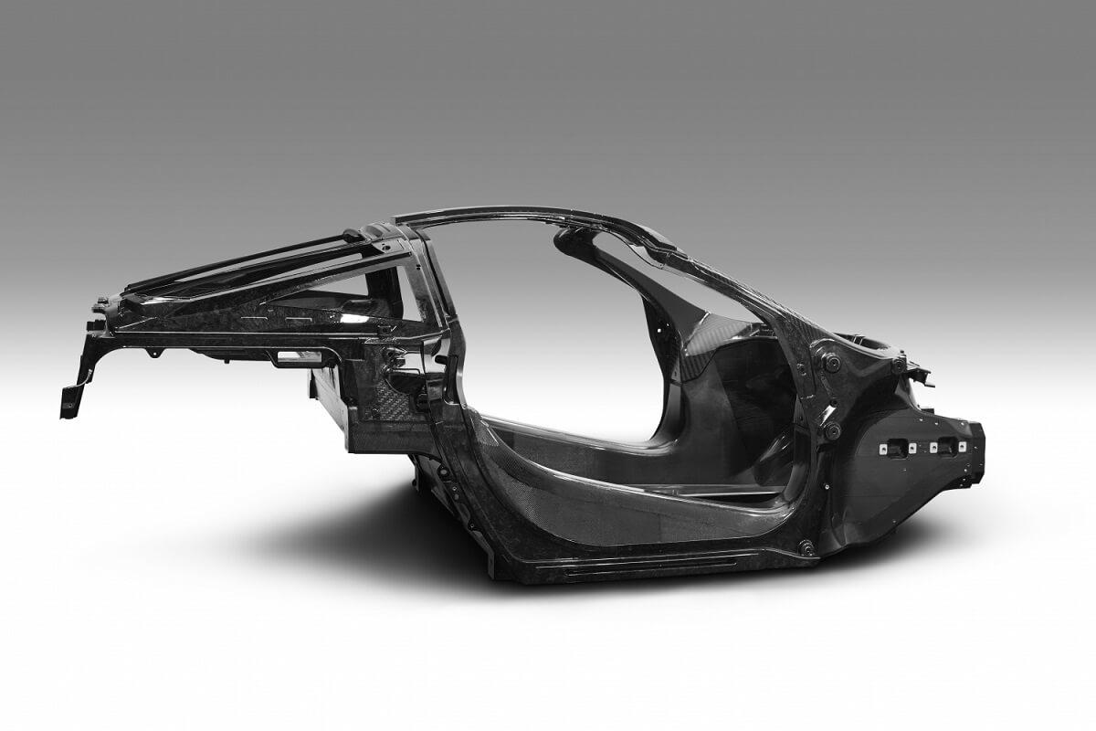 7377-040117_McLaren+Automotive+Announces+Second-Generation+Super+Series_Monocage+II+image_final.jpg