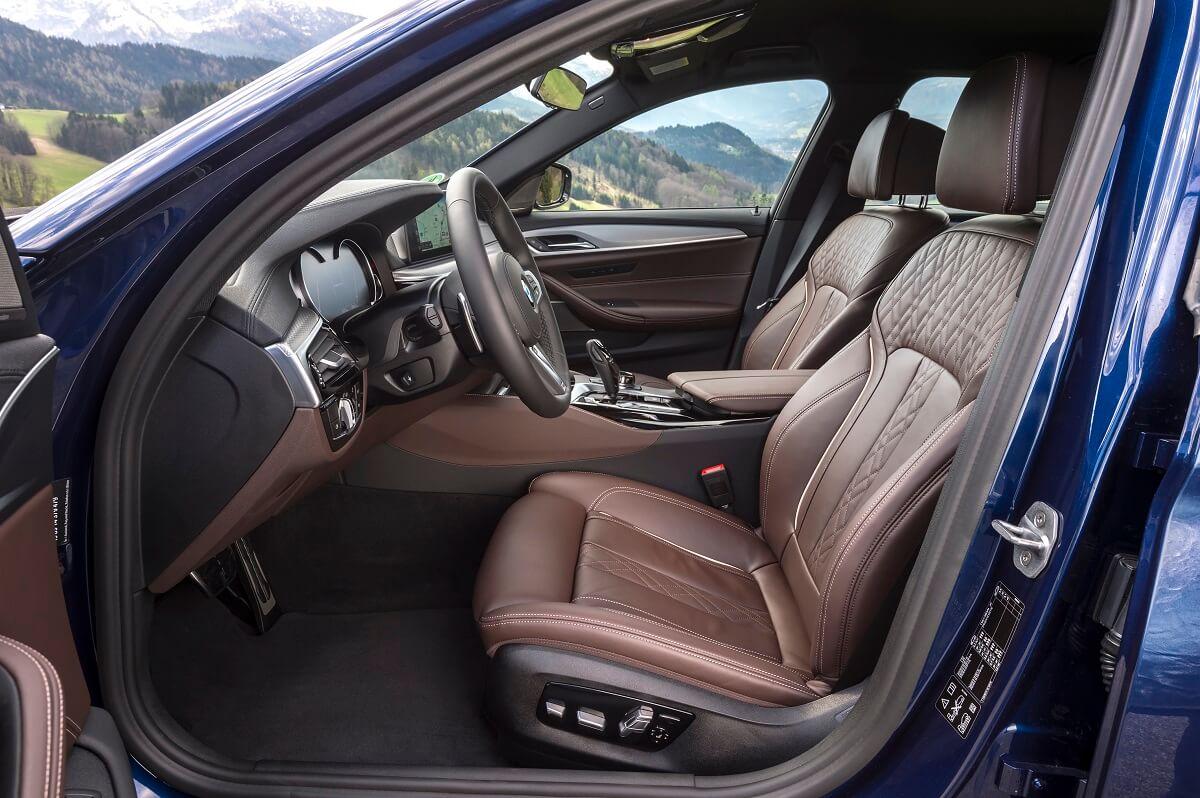 BMW M550i xDrive (5).jpg