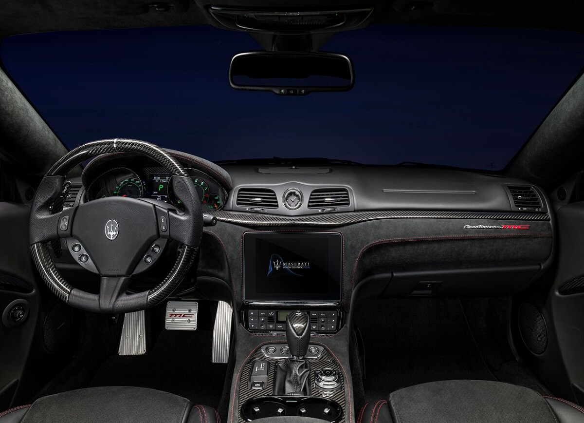 Maserati-GranTurismo-2018 (6).jpg