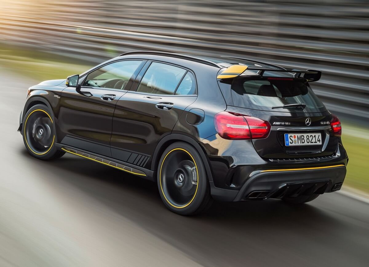 Mercedes-Benz-GLA45_AMG-2018 (2).jpg