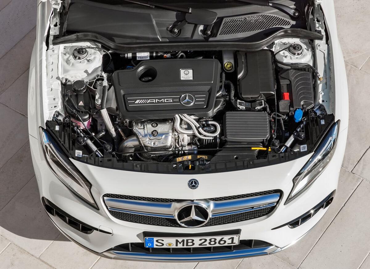 Mercedes-Benz-GLA45_AMG-2018 (6).jpg