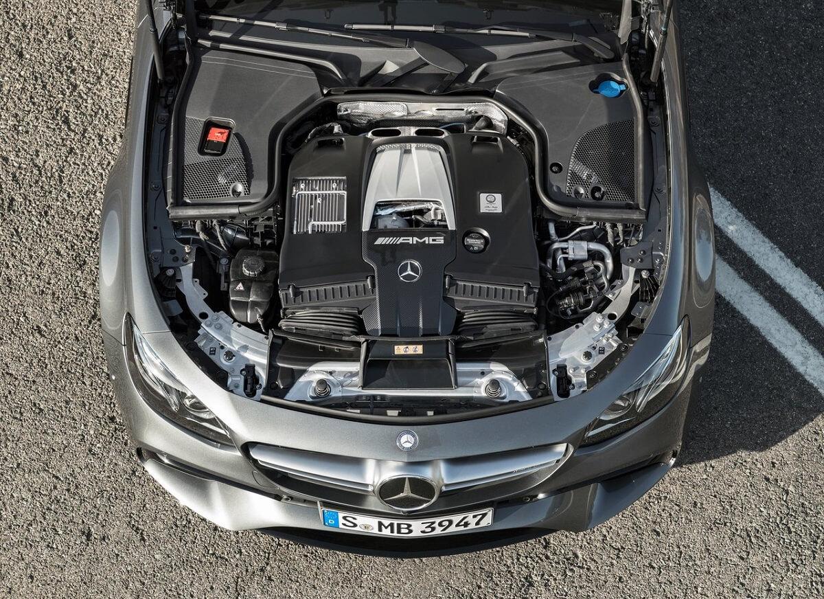 Mercedes-Benz-E63_AMG-2017 (5).jpg