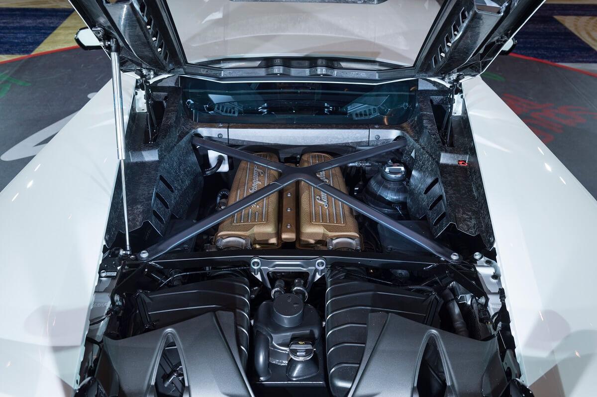 Lamborghini Huracan Performante (3).jpg