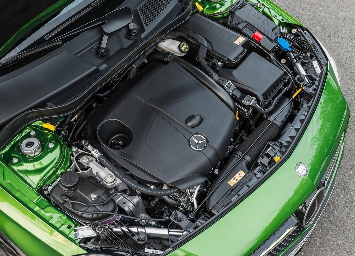 Mercedes-Benz-A-Class (2).jpg