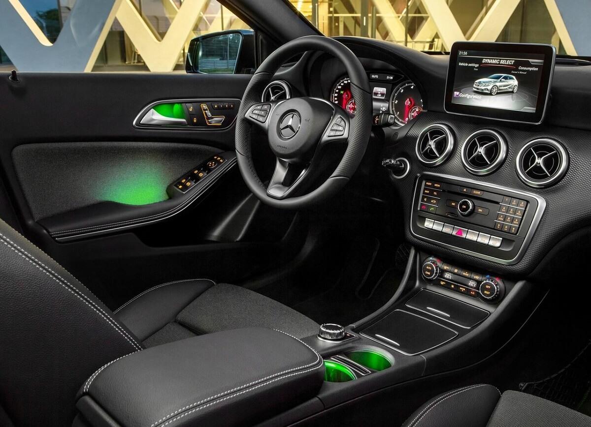 Mercedes-Benz-A-Class (4).jpg