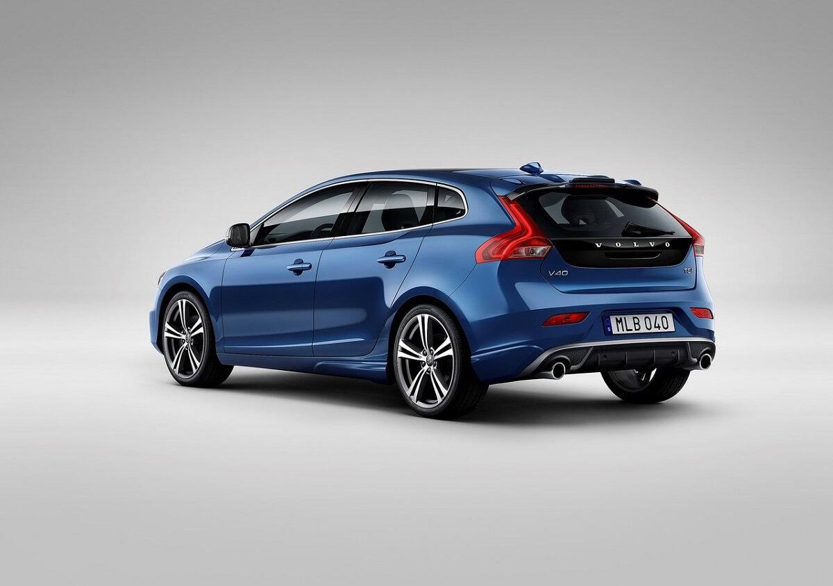 Volvo-V40 (2).jpg
