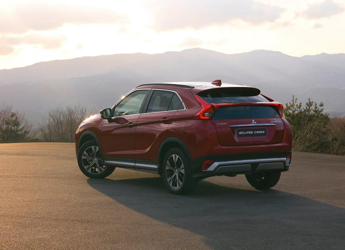 2015 Mitsubishi Eclipse >> Mitsubishi Eclipse Cross日蝕SUV正式現身! - CarStuff 人車事