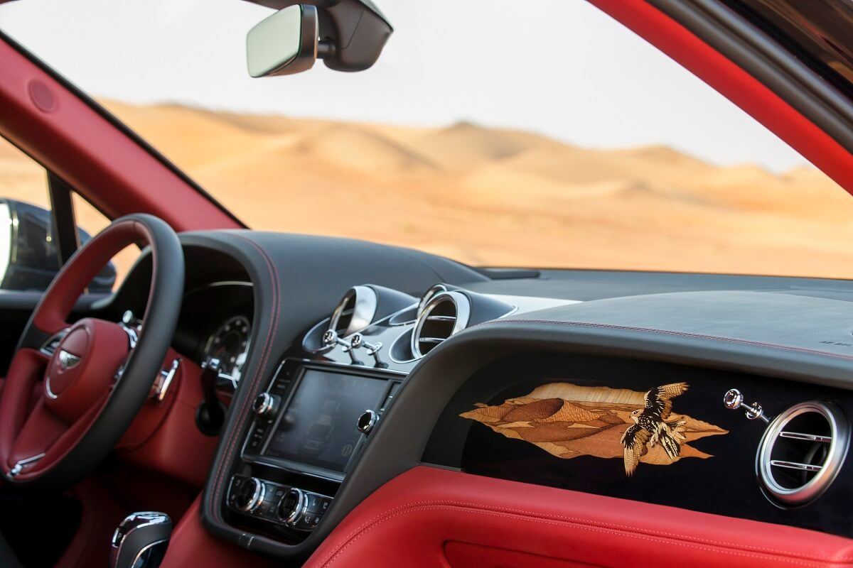 Bentley Bentayga Falconry by Mulliner (7).jpg