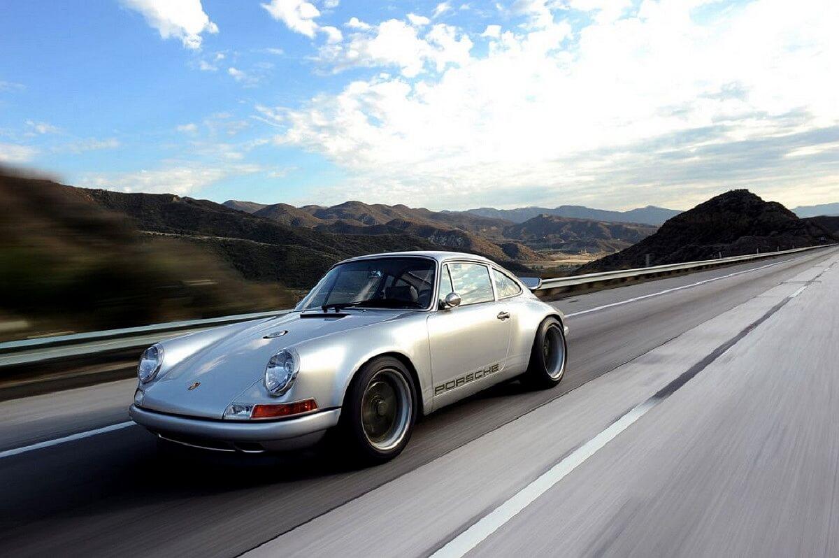 singer-911-silver-06-1100x732.jpg