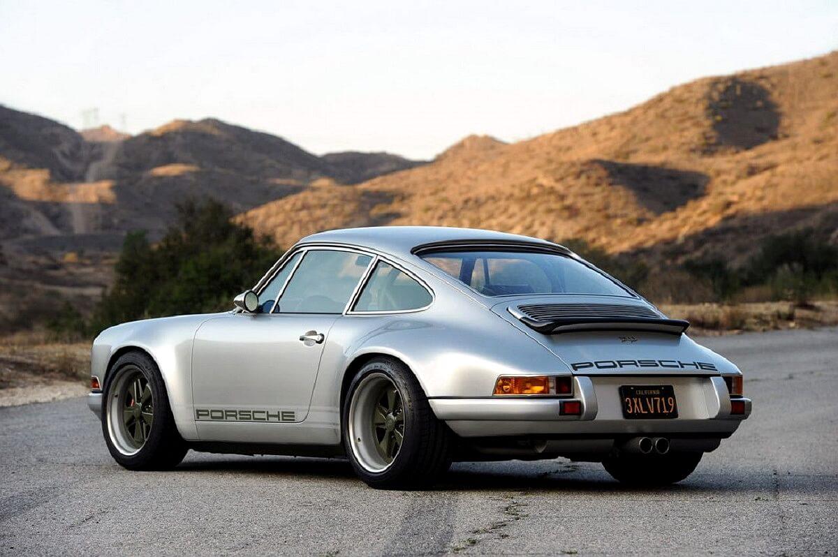 singer-911-silver-21-1100x732.jpg