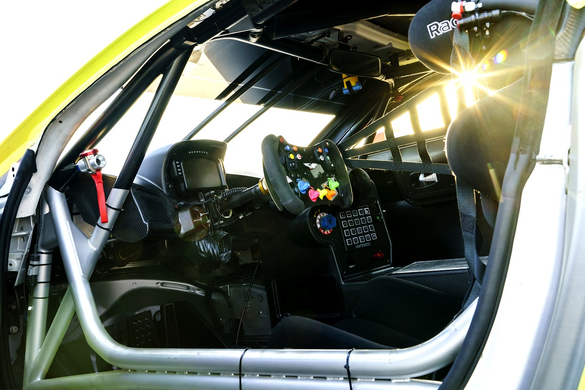 Aston_Martin_Racing2018_Vantage_GTE11-jpg.jpg