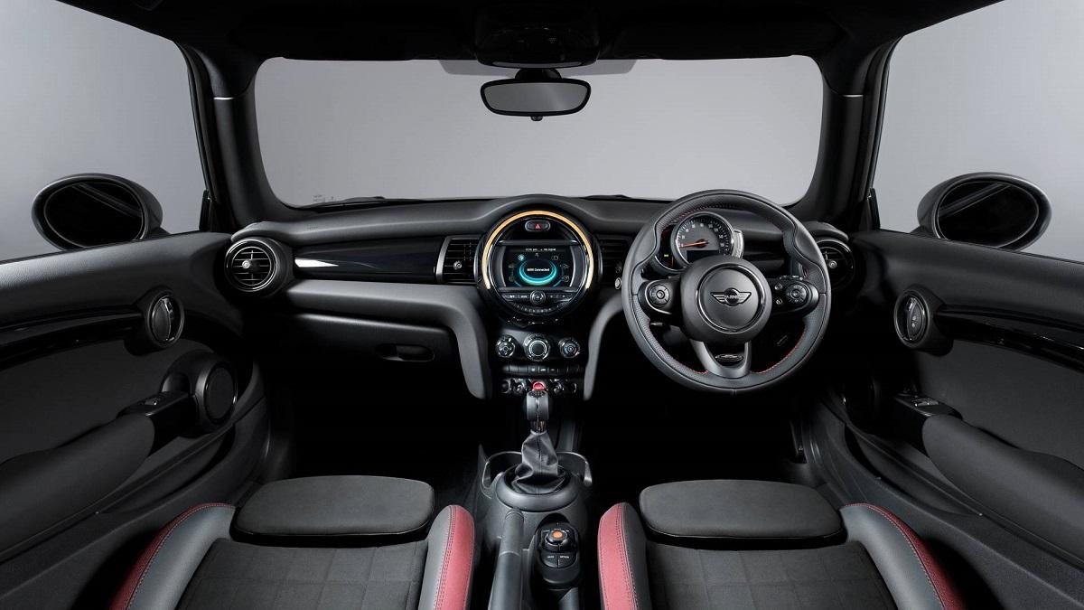 Mini 1499 GT (10).jpg