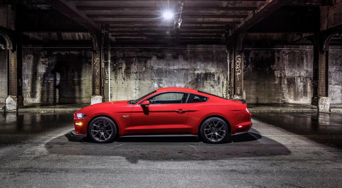 Mustang-Performance-Pack-Level-2-(8).jpg