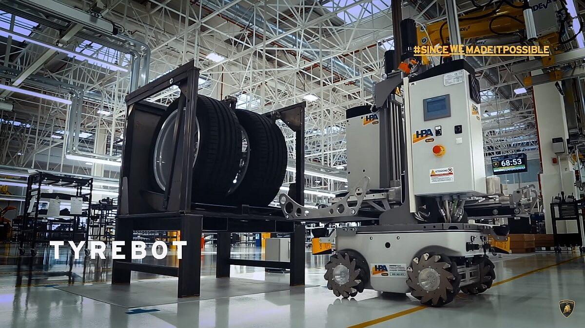Lamborghini 4.0 Factory-3.jpg