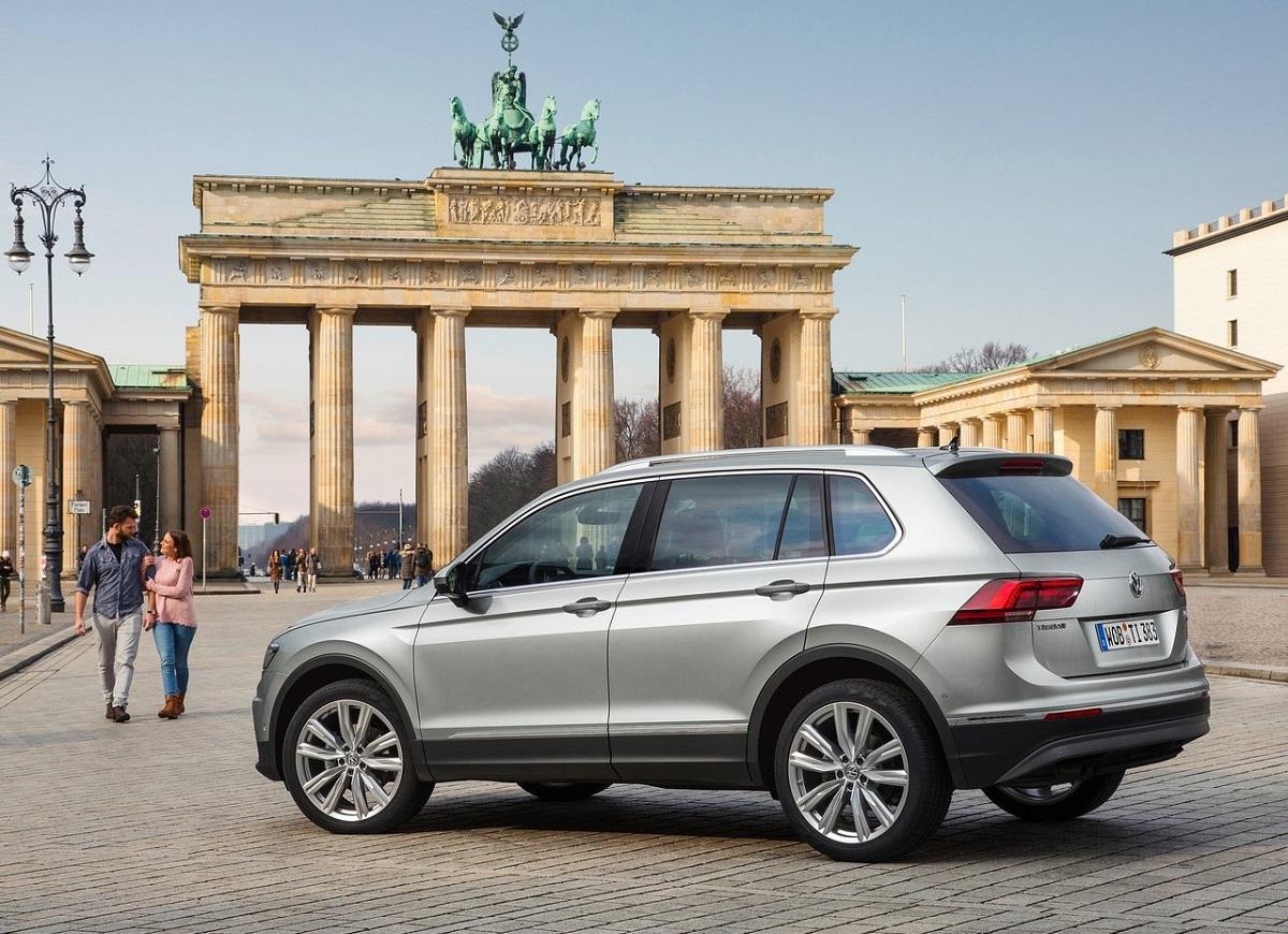Volkswagen-Tiguan (2).jpg