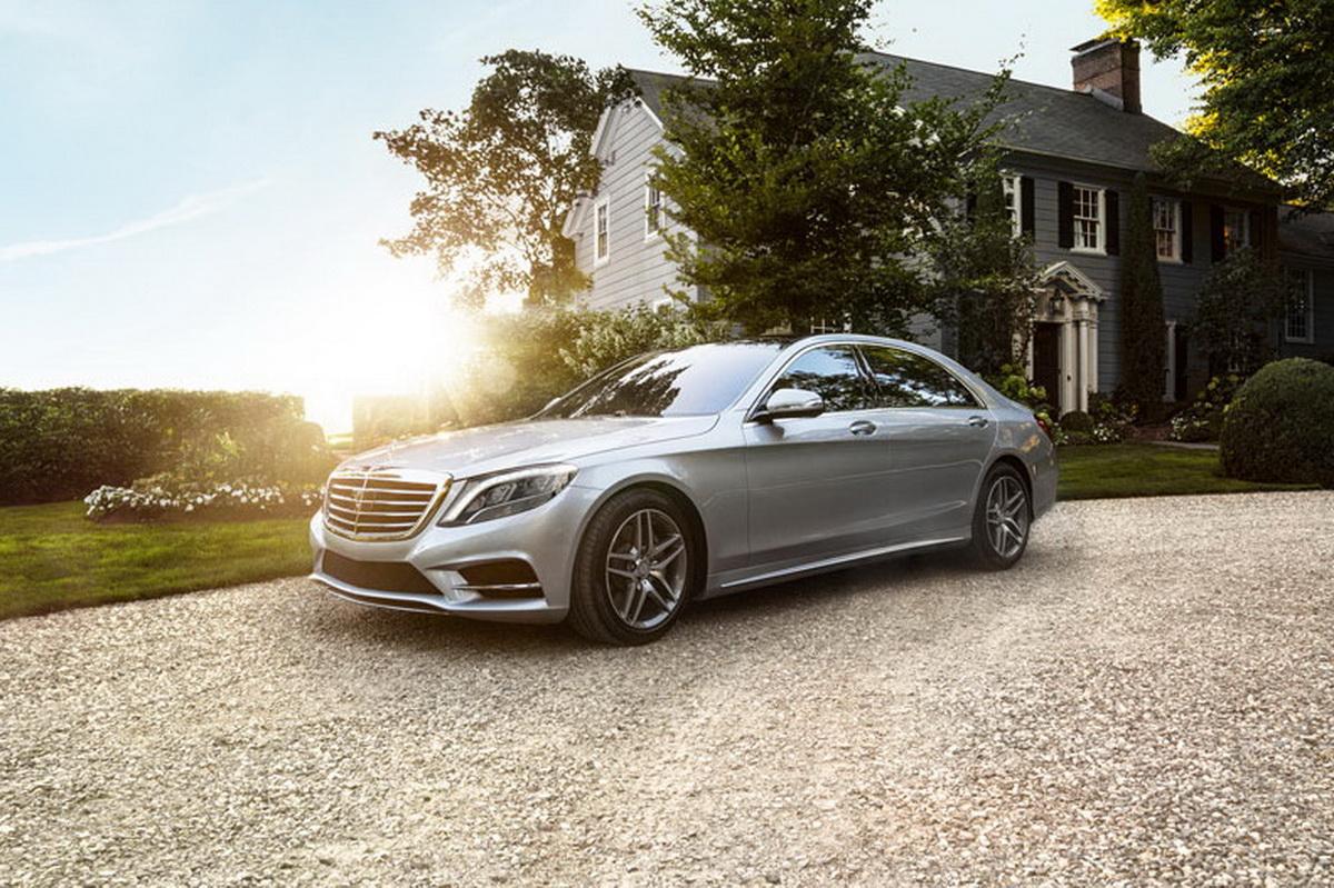 Mercedes-Benz S-Class頂級豪華旗艦樹立引領車壇的王者風範,本月推出豪華優惠方案,即刻入主,體驗至尊享受。.jpg