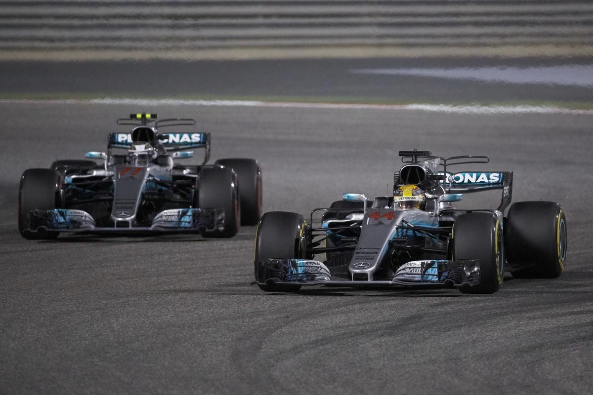Lewis Hamilton展現優勢速度,雖被罰時5秒,仍順利奪得本站亞軍,隊友Valtteri Bottas則緊跟在後,以季軍完賽.jpg