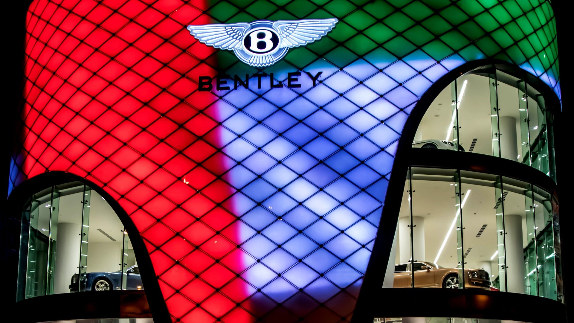 bentley-emirates-dealer (1).jpg