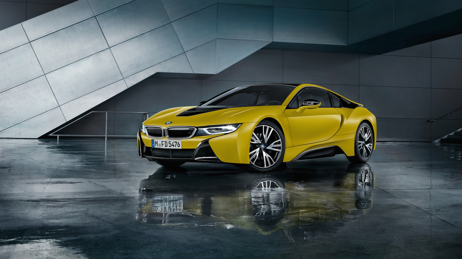 bmw-i8-frozen-black-and-yellow (3).jpg
