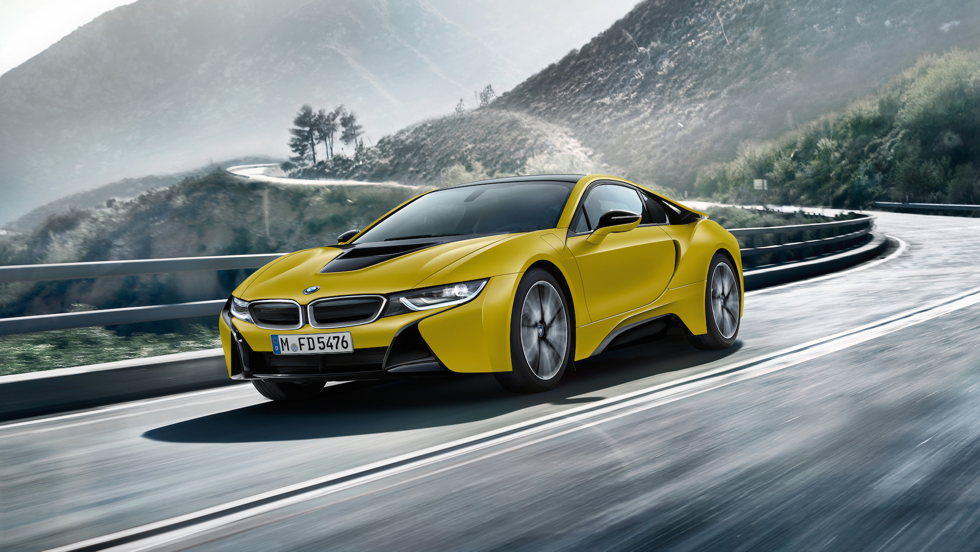 bmw-i8-frozen-black-and-yellow (4).jpg